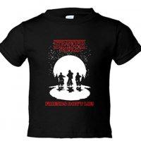 Camiseta para niños con dibujo de silueta de Stranger Things.